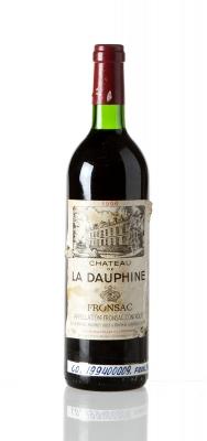 Botella de Château de La Dauphine 1996.