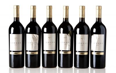 Seis botellas de Longus 2005.Categoría: vino tinto.